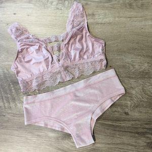 🆕(S/M) VS Bralette/Panty Bundle